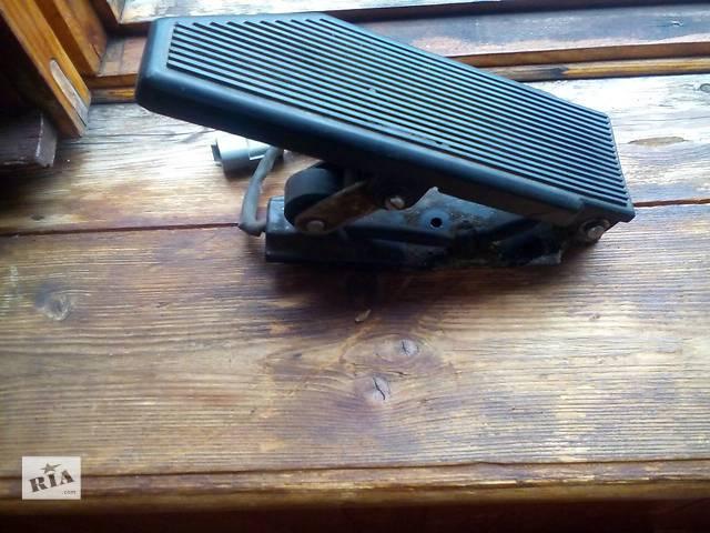 купить бу Б/у педаль газа Renault Magnum 430 Маск, Евро-2. Оригинал! в Луцке