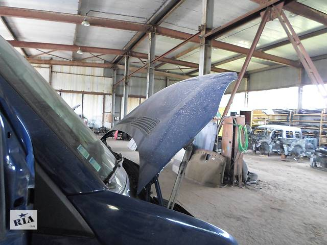 Б/у Петля капота Volkswagen Crafter Фольксваген Крафтер 2.5 TDI 2006-2010- объявление о продаже  в Рожище