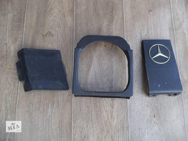купить бу Б/у подкапотный пластик 1201580485 для седана Mercedes S 600 W140 1994г в Николаеве