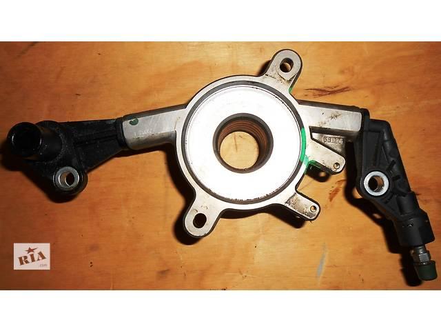 купить бу Б/у подшипник выжимной, вижимний підшипник Mercedes Sprinter Мерседес Спринтер 2.2; 2.7 CDI OM611; 612 (2000-2006) в Ровно