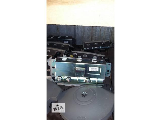 бу Б/у Подушка безопасности безпеки Renault Kangoo Кенго 1,5 DCI К9К B802, N764 2008-2012 в Луцке