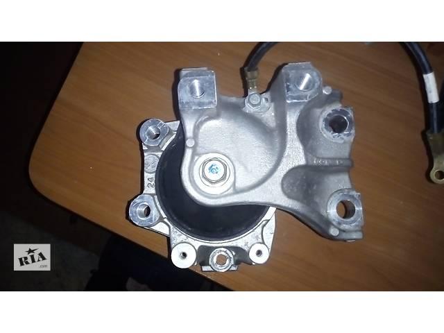 продам Б/у подушка мотора для кроссовера Honda CR-V бу в Киеве