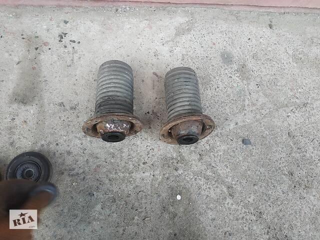 Б/у пыльник переднгего амортизатора опорные шайбы пружин для Chevrolet Aveo Т250- объявление о продаже  в Умани