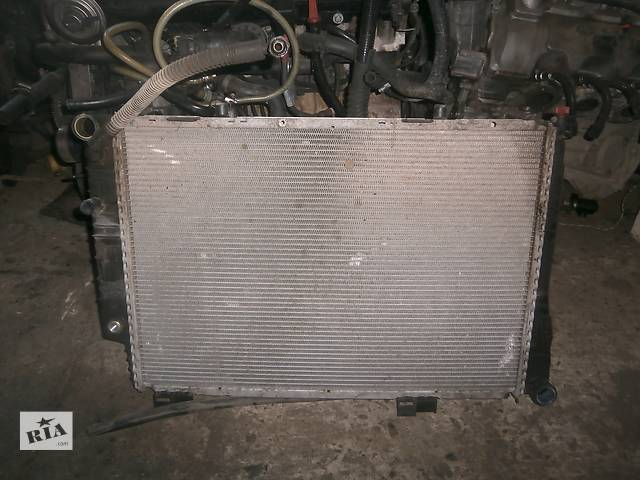 бу Б/у радіатор для седана Mercedes C 202 в Львове