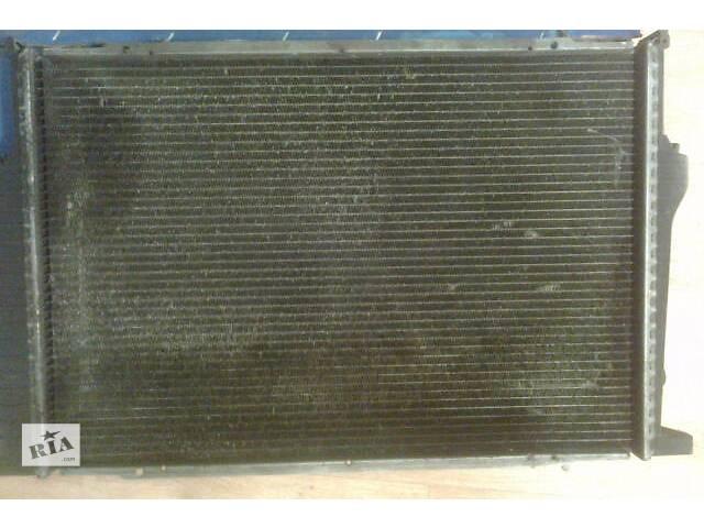 купить бу Б/у радиатор для легкового авто BMW 735 в Киеве