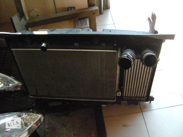 продам Б/у радиатор для легкового авто Citroen Berlingo бу в Костополе