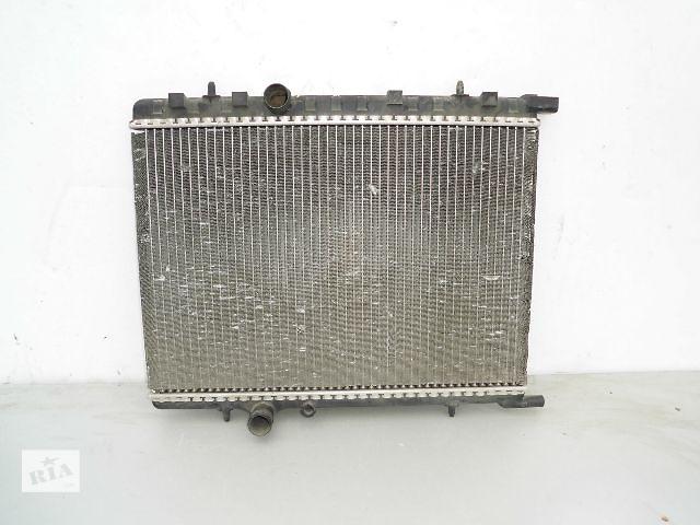 бу Б/у радиатор для легкового авто Peugeot 307 1.4-1.6 (570*380) по сотым. в Буче (Киевской обл.)