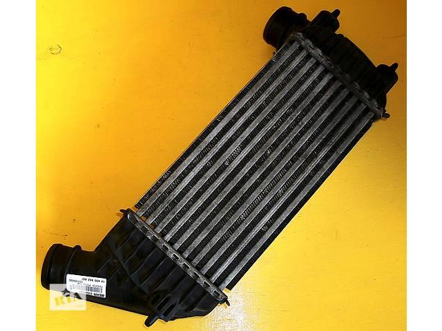 купить бу Б/у радиатор интеркуллера для легкового авто Fiat Scudo Фіат Скудо 2,0/1,6 с 2007- в Ровно