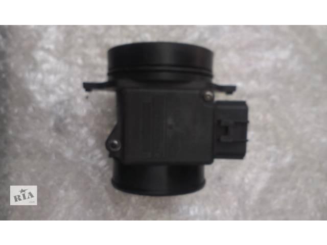 купить бу Б/у расходомер воздуха для легкового авто Ford Mondeo Mk 1 1.8 TD 97BP-12B579-AA 5098249 в Ковеле