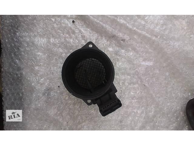 продам Б/у расходомер воздуха для легкового авто Renault Master 2 1.9 2.2 2.5 DCI 5WK9609 7700314057 бу в Ковеле