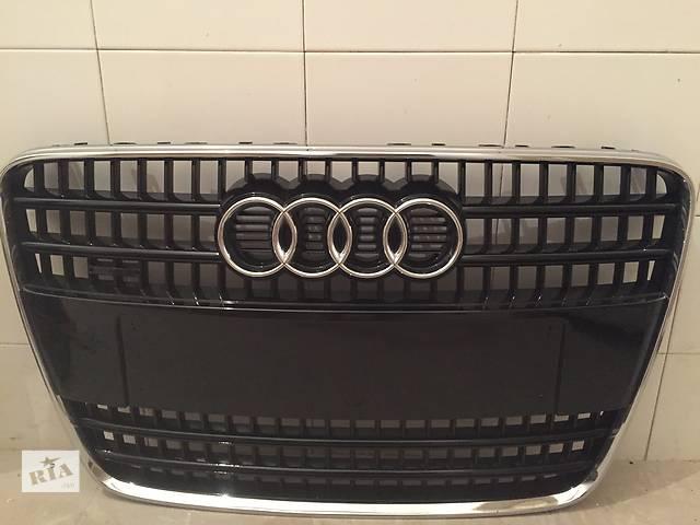Б/у решётка бампера для легкового авто Audi Q7- объявление о продаже  в Виннице