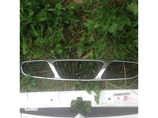 бу Б/у решётка радиатора для легкового авто Daewoo Nubira в Стрые