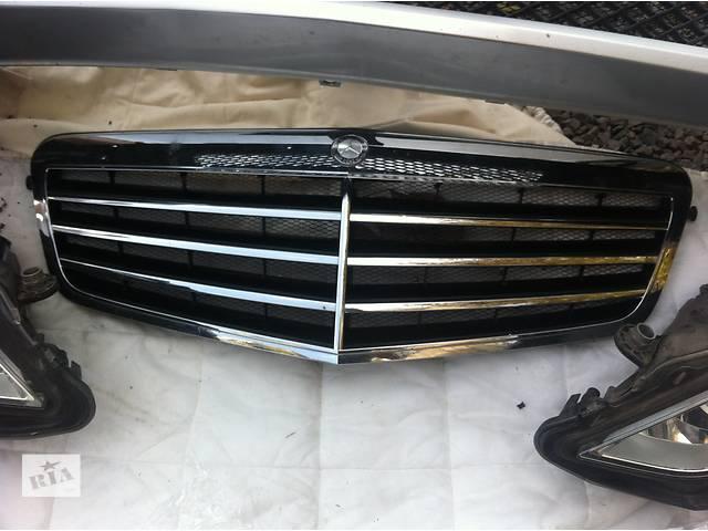 Б/у решётка радиатора для легкового авто Mercedes E-Class- объявление о продаже  в Ровно