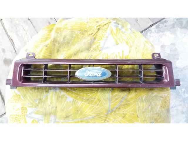 продам Б/у решётка радиатора для седана Ford Scorpio бу в Полтаве