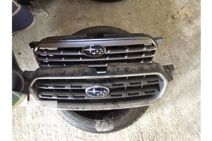 б/у Решётки радиатора Subaru Outback