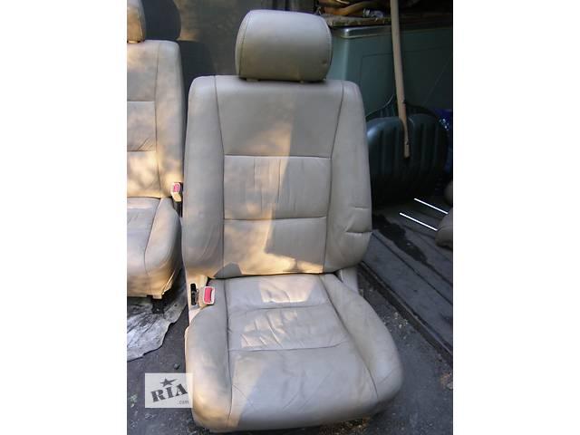 купить бу Б/у сиденье для легкового авто Toyota Land Cruiser 100 в Днепре (Днепропетровск)