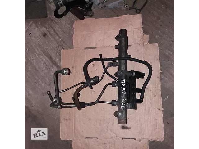 продам Б/у топливная рейка для Peugeot 2.2 D бу в Ковеле