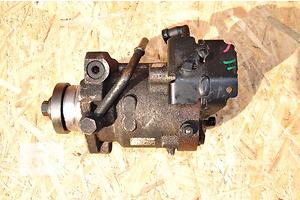 б/у Топливные насосы высокого давления/трубки/шестерни Ford Mondeo Sedan
