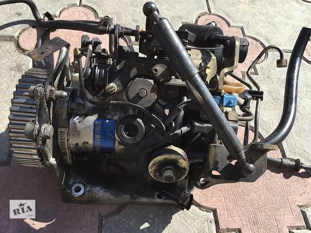 купить бу Б/у топливный насос высокого давления/трубки/шест для легкового авто Peugeot 306 в Ковеле