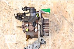 б/в Паливні насоси високого тиску / трубки / шестерні Volvo C30