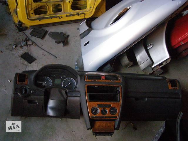 купить бу Б/у торпедо/накладка для хэтчбека Skoda Octavia A5 в Таврийске
