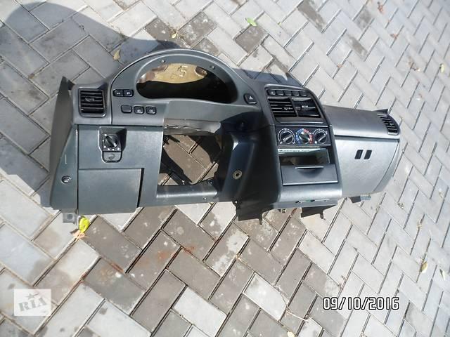 """бу Б/у торпедо/накладка для легкового авто ВАЗ 2110 """"БОГДАН"""" в Умани"""