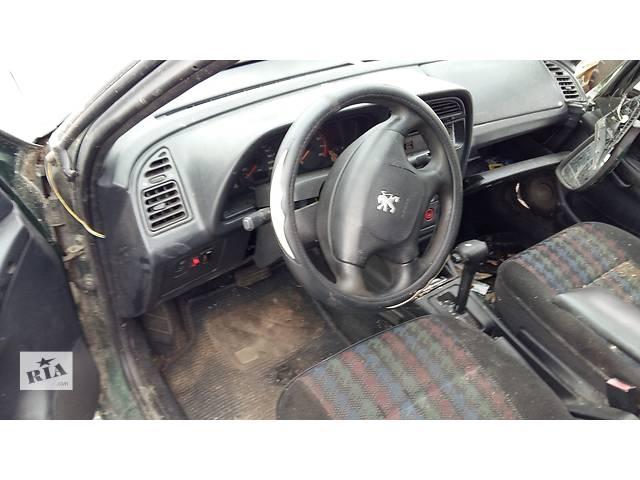 продам Б/у центральная консоль для легкового авто Peugeot 306 бу в Ровно