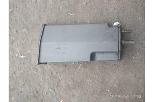 Б/у угольный фильтр для Peugeot 308 08-