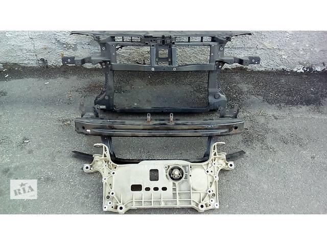 купить бу Б/у усилитель заднего/переднего бампера для универсала Volkswagen Passat B6 в Киеве