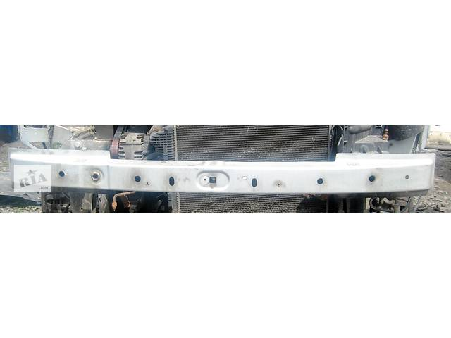 купить бу Б/у усилитель заднего/переднего бампера Renault Trafic 1.9, 2.0, 2.5 Рено Трафик (Vivaro, Виваро) 2001-2009гг в Ровно