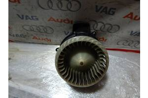 Б/У Вентелятор печки AUDI A6 A7 A8 4H1820021B