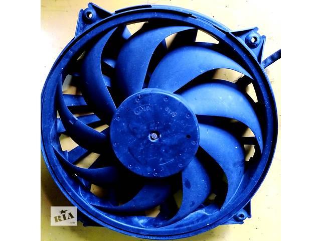 купить бу Б/у вентилятор осн радиатора 1401312280 Citroen Jumpy (3) с 2007г. Скудо Эксперт Джампи Джампи в Ровно