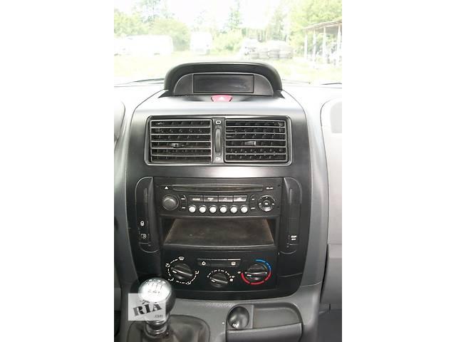 продам  Б/у информационный дисплей для минивена Peugeot Expert Пежо Експерт с 2007- бу в Ровно