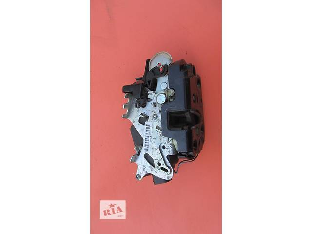 Б/у замок двери боковой сдвижной Mercedes Vito (Viano) Мерседес Вито (Виано) V639 (109, 111, 115, 120)- объявление о продаже  в Ровно