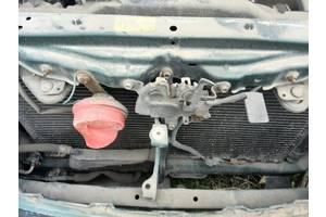 б/у Замки капота Toyota Avensis