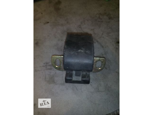 купить бу Б/у замок-защелка верх-нииз задней двери для  Renault Master в Ковеле