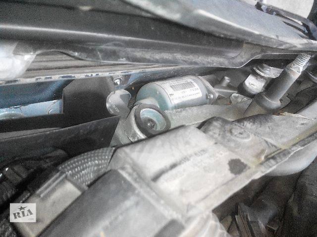 продам б/у 4L1955119A Моторчик стеклоочистителя перед audi Q7 . Легковой Audi Q7 2009 бу в Львове