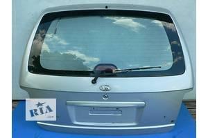 б/у Крышки багажника Kia Carnival