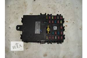 б/у Блоки предохранителей Nissan Primera