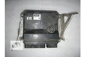 б/у Блоки управления двигателем Toyota Corolla