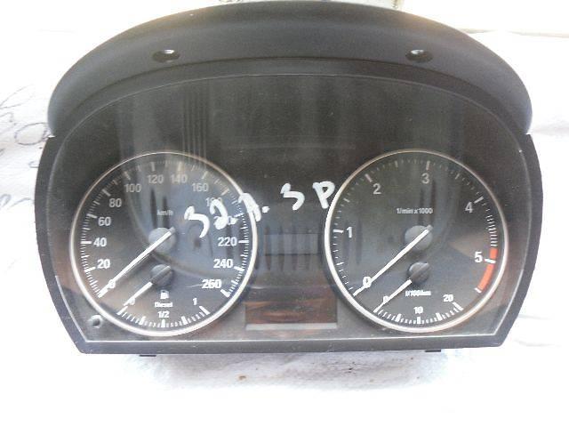 б/у Электрооборудование двигателя Панель приборов/спидометр/тахограф/топограф Легковой BMW 320 Купе- объявление о продаже  в Кривом Роге (Днепропетровской обл.)