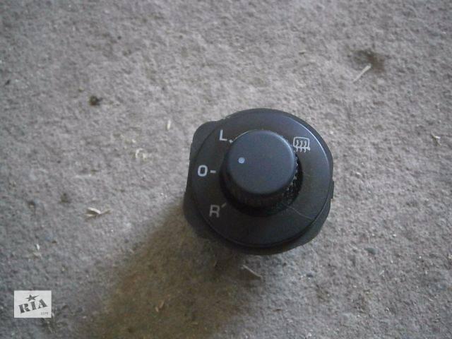 продам б/у Электрооборудование кузова Блок управления зеркалами Легковой Skoda Roomster 2009 бу в Луцке