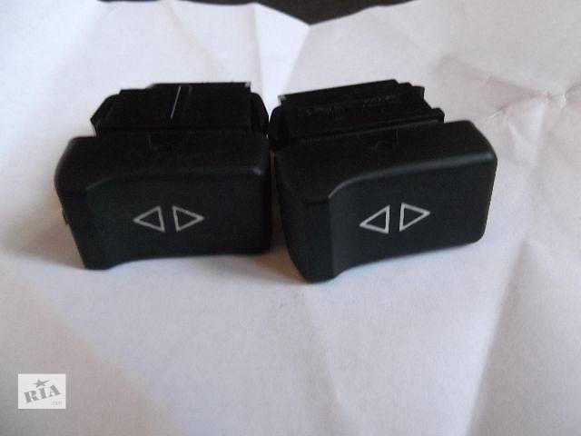 купить бу б/у Электрооборудование кузова кнопка стеклоподемника Легковой Renault 25 в Херсоне