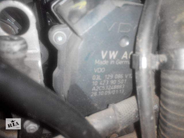 купить бу Б/у коллектор впускной 03l129086v для легкового авто Audi A4 2010 в Львове