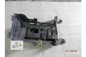 б/у Корпуса под аккумулятор Skoda SuperB