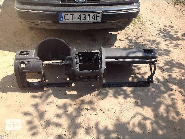 б/у Компоненты кузова Внутренние компоненты кузова Панель Легковой Skoda Octavia A5- объявление о продаже  в Львове
