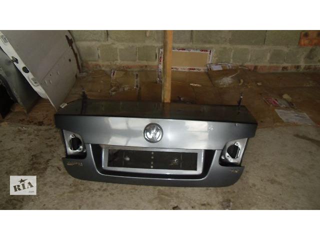 продам Б/у крышка багажника для легкового авто Volkswagen Jetta 2007 бу в Коломые