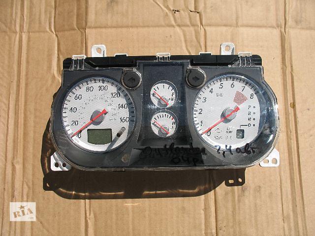продам Б/у панель приборов/спидометр/тахограф/топограф для легкового авто Mitsubishi Outlander 2005 бу в Луцке