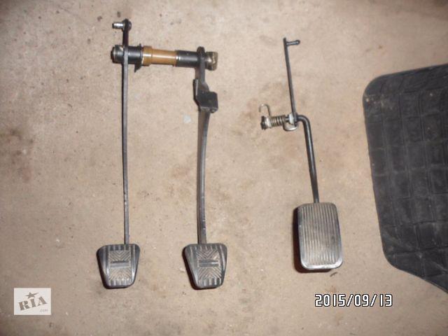 продам Б/у педаль тормоза для легкового авто ВАЗ 2109,ВАЗ 2108,ВАЗ 2114,ВАЗ 2115 бу в Умани