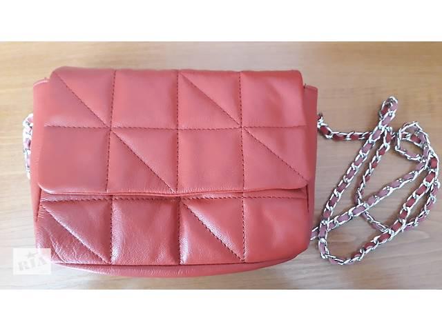 84e696942a1f бу Маленькая красная кожаная стеганая сумка через плечо ремешок-цепочка  Англия ASOS натуральная кожа в